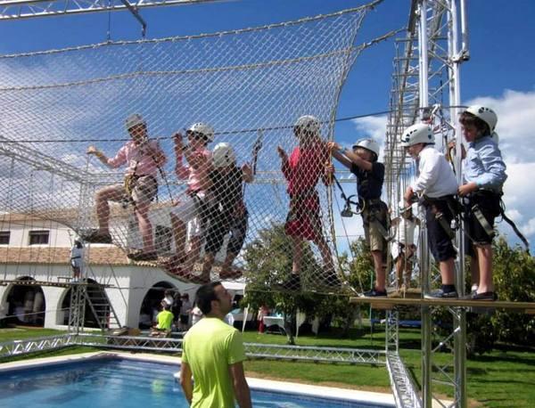Saltapins Indoor lleva la aventura a fiestas, eventos y celebraciones