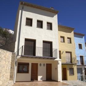 Casas rurales saltapins aventura - Chimeneas grandes dimensiones ...